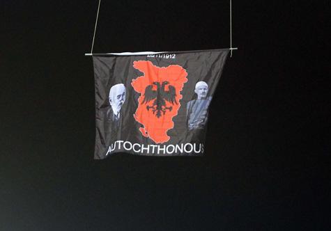 vucic-nderron-versionin-per-autorin-e-dronit-rama-po-te-kishim-pare-flamurin-e-serbise-se-madhe-ne-shqiperi-do-kishim-qeshur