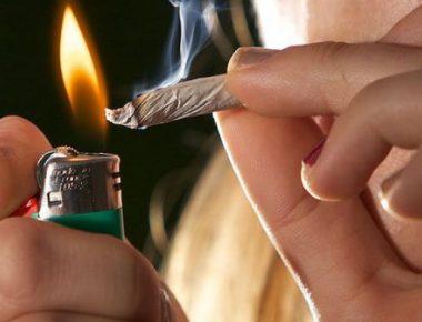 auto_smoking-weed1476177183-905x395