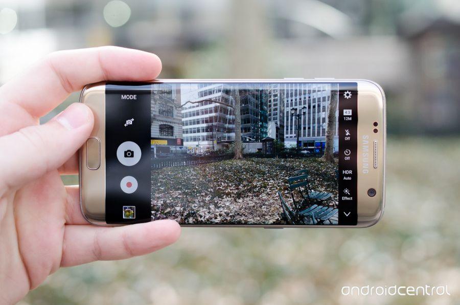 Samsung Galaxy S7 Edge shpallet telefoni më i mirë i 2016 ës