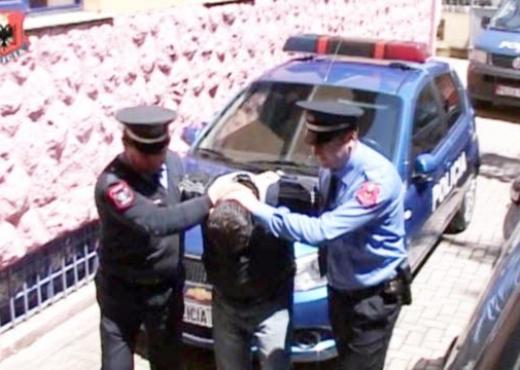 policia-arrestim4