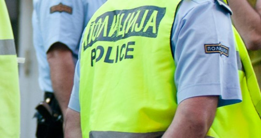 auto_policia-maqedoni-620x3301502490782