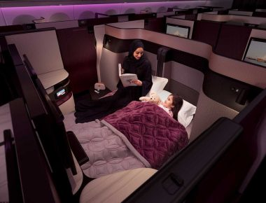 44813BD000000578-4901664-Sleep_on_it_Customers_in_adjoining_seats_can_create_their_own_do-a-1_1505893179175