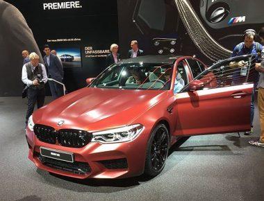 BMW-M5-i-ri-pershpejton-levizjen-brenda-nje-kohe-shume-te-shkurter-foto-3