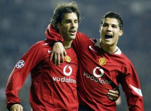 Ruud-Van-Nistelrooy-Manchester-United-footballer-November-2004