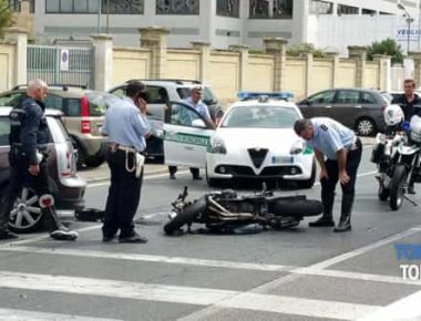 auto contro moto via Botticelli (2)-2