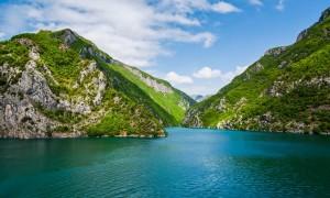 The Guardian: Të ngjitesh në malet pa kufij të Ballkanit, një xhep i mrekullueshëm i Europës