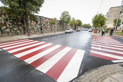 thumbnail_Veliaj Inspekton perfundimin e punimeve ne rrugen Imer Ndregjoni (3)