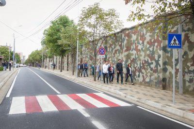 thumbnail_Veliaj Inspekton perfundimin e punimeve ne rrugen Imer Ndregjoni (5)