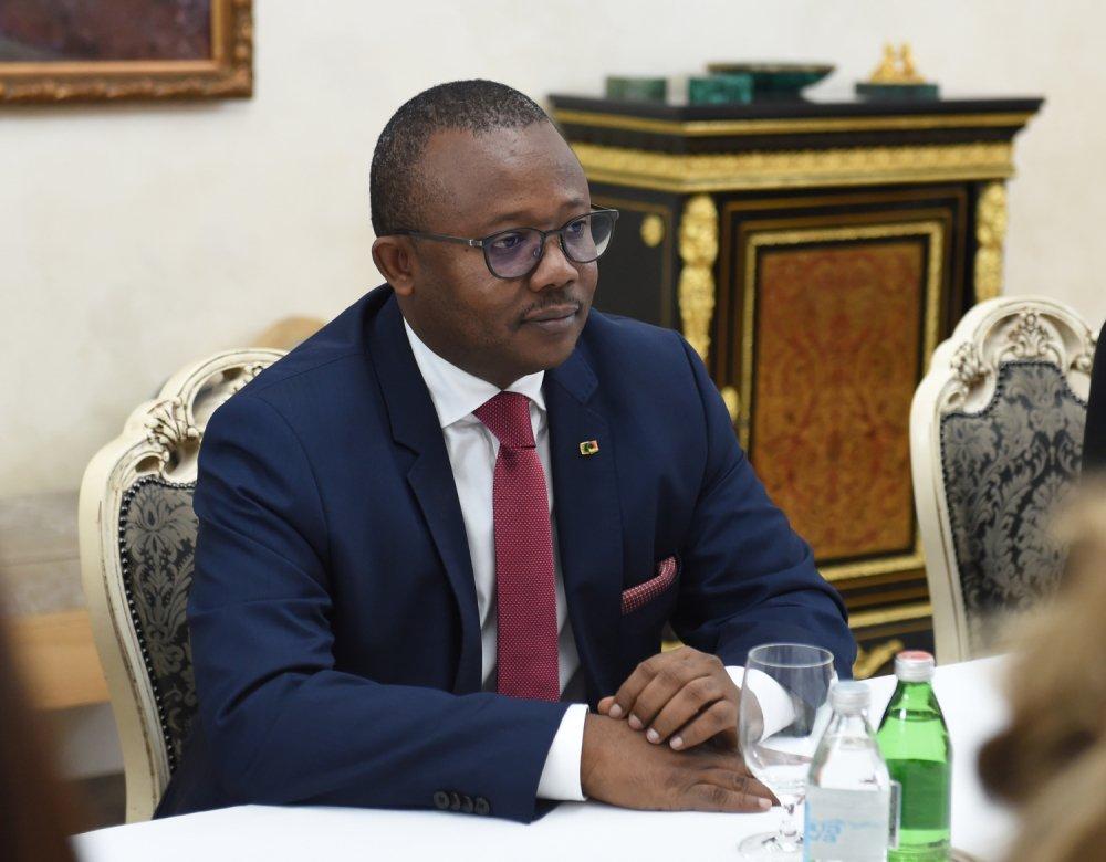 kryeministri-i-vendit-afrikan-thote-ne-beograd-se-nuk-e-njohin-kosove-pacolli-je-i-ri-informohu