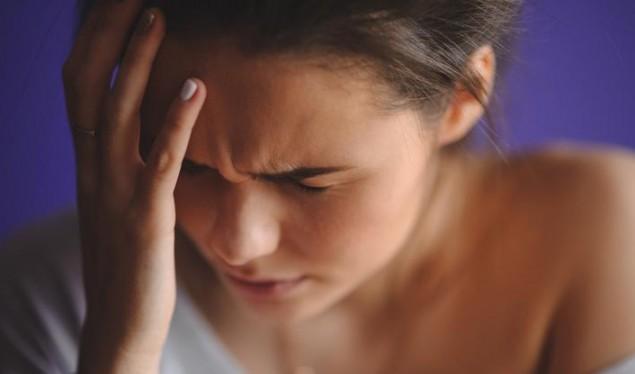Këto gjashtë simptoma të dhimbjes së kokës nuk duhet injoruar