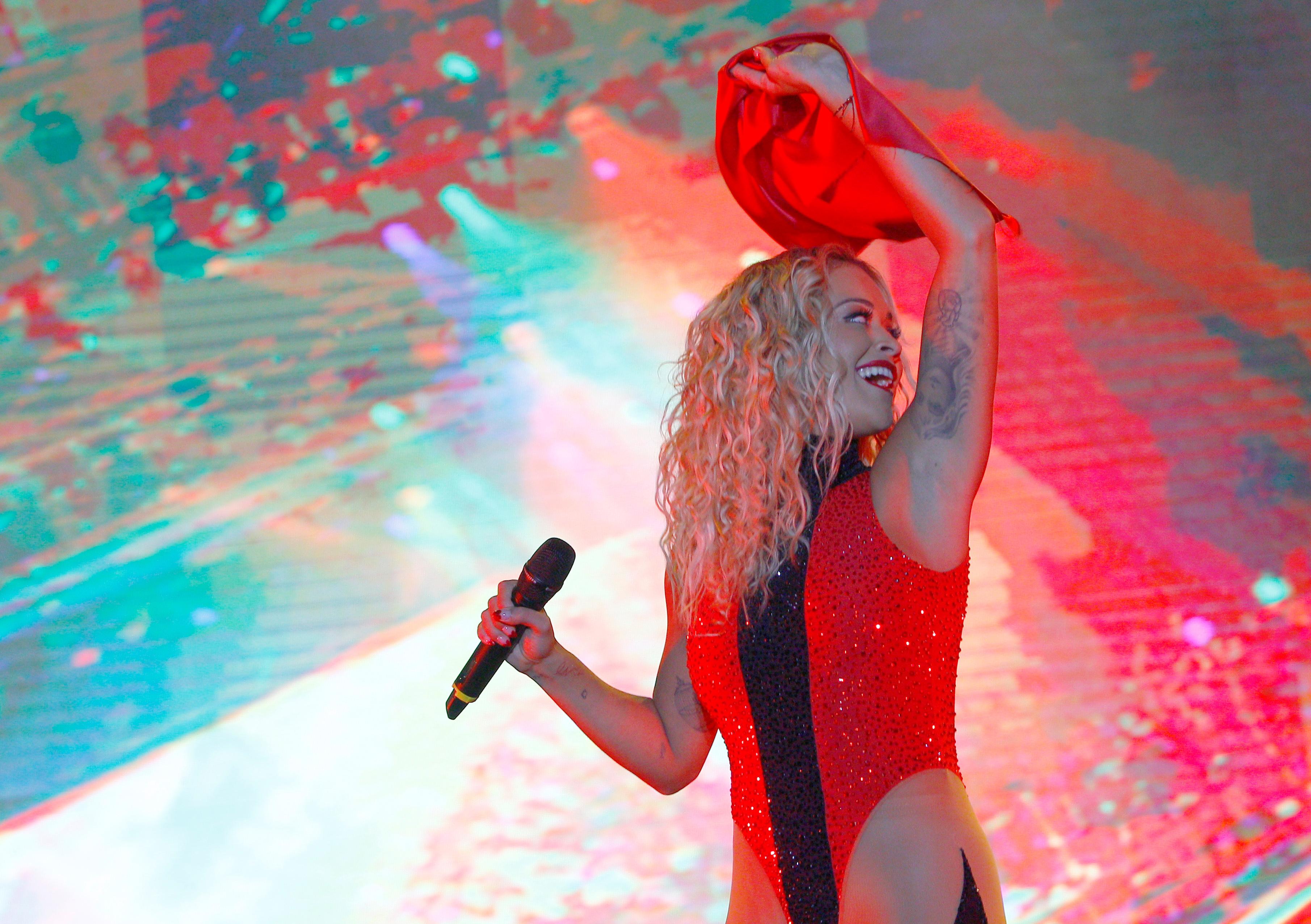 Singer Rita Ora preforms during celebration of the 10th anniversary of Kosovo's independence in Pristina, Kosovo February 17, 2018. REUTERS/Ognen Teofilovski - RC15B18ED7A0