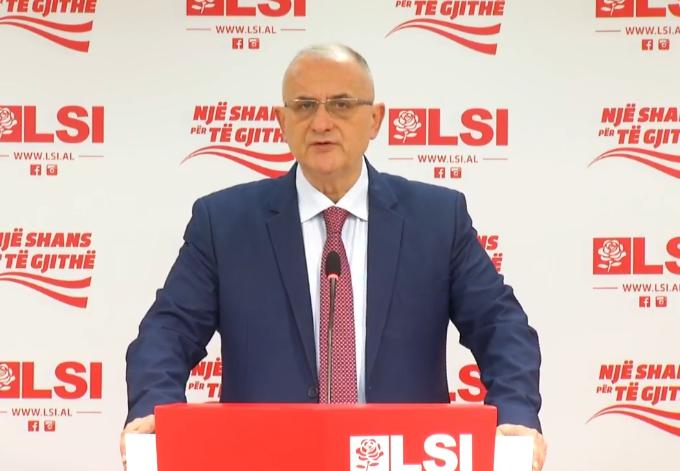 Deputeti i LSI  Turp i padëgjuar  Shqipëria përmbytet qeveria dhe kryeministri rrinë e vështrojnë