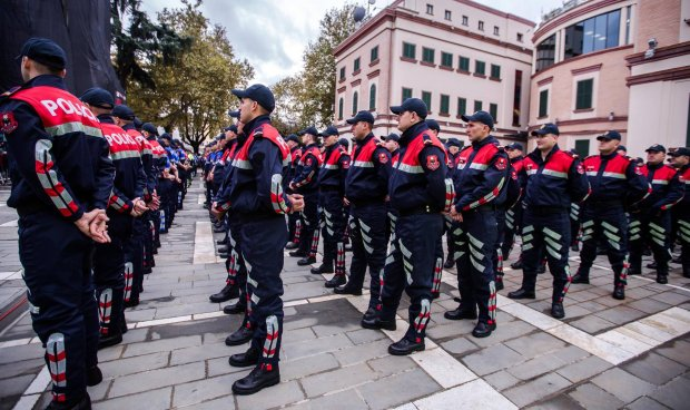 Image result for Urdhri i parë i drejtorit të ri të Policisë së Shtetit: Pa minifunde, taka dhe streçe, harrojini...!
