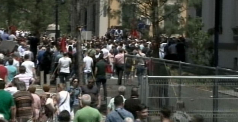protestuesit-i-afrohet-ministrise-se-brendshme-1