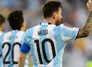 Messi-equals-Argentina-goal-record