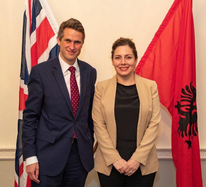 xhacka-ne-londer-shqiperia-e-meriton-hapjen-e-negociatave-me-be-ne