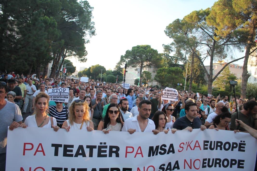 Protesta Teatri (6)