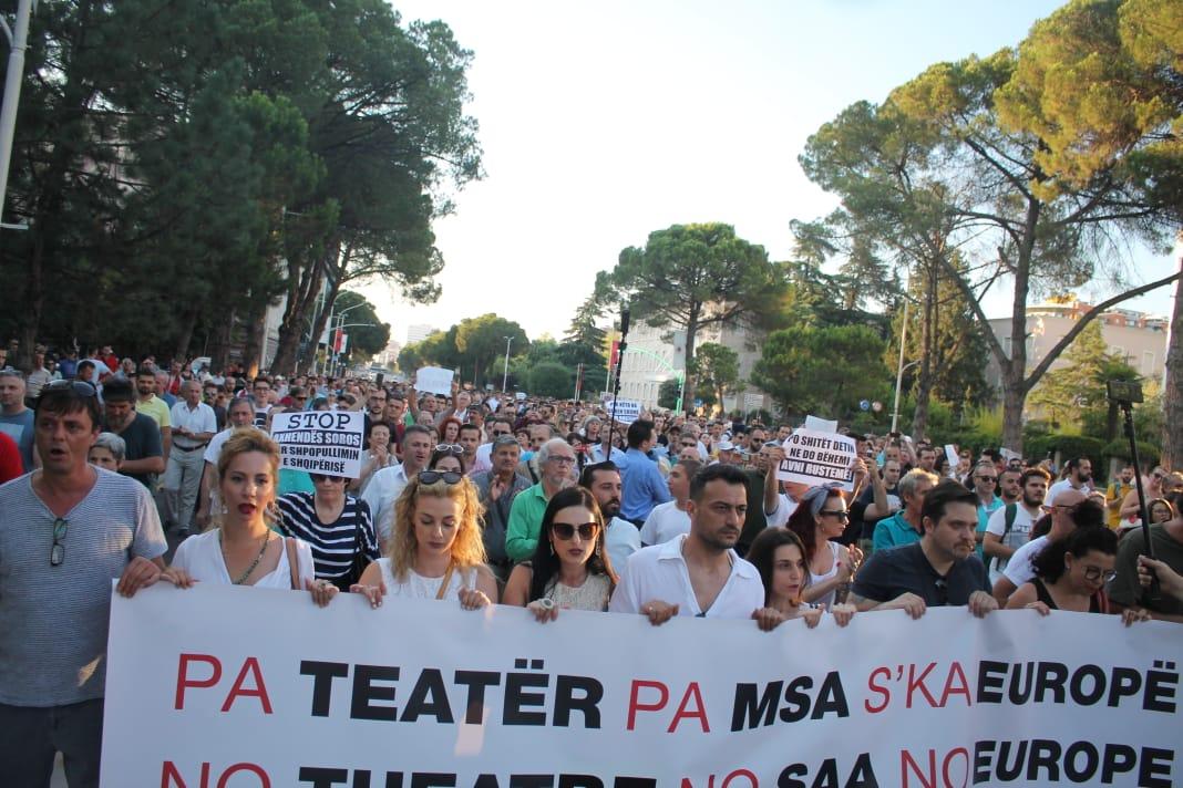 Protesta Teatri (7)