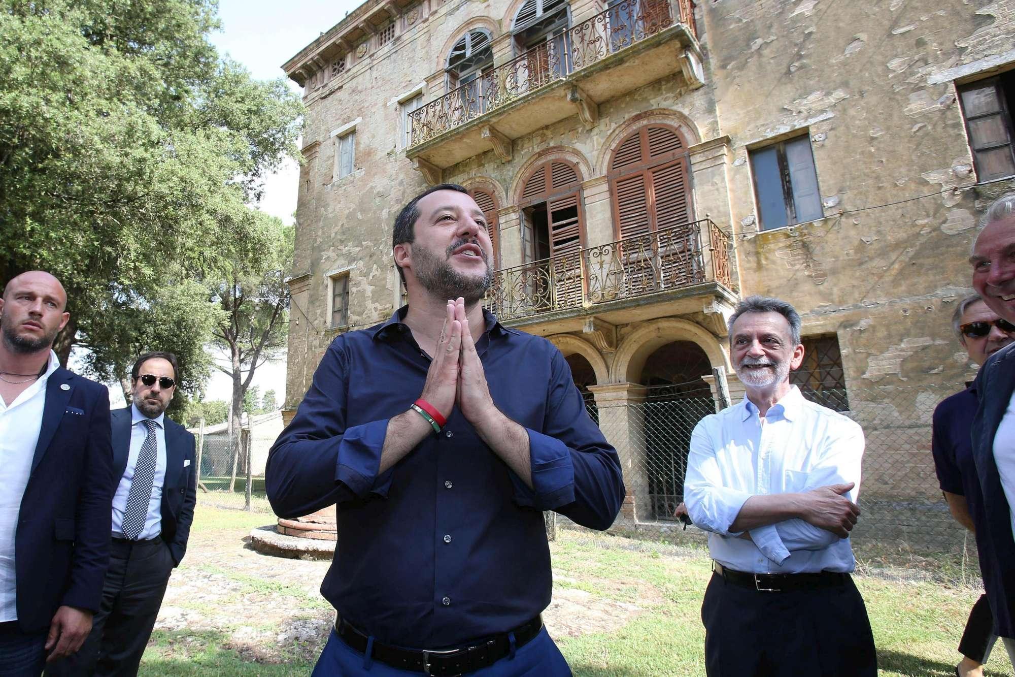 Salvini 10