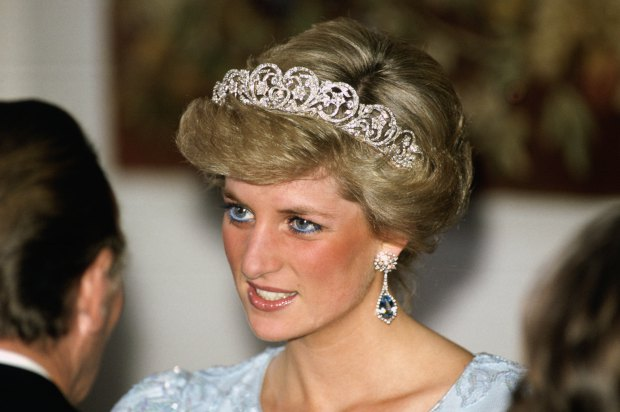 GERMANY - NOVEMBER 05: Diana, Princess of Wales attending a banquet in Munich, She is wearing the Spencer tiara (Photo by Tim Graham/Getty Images)