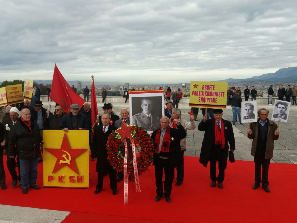 komunistet 3