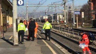 Uomo travolto e ucciso dal treno in stazione a Desio (Foto Bennati_MonzaToday)