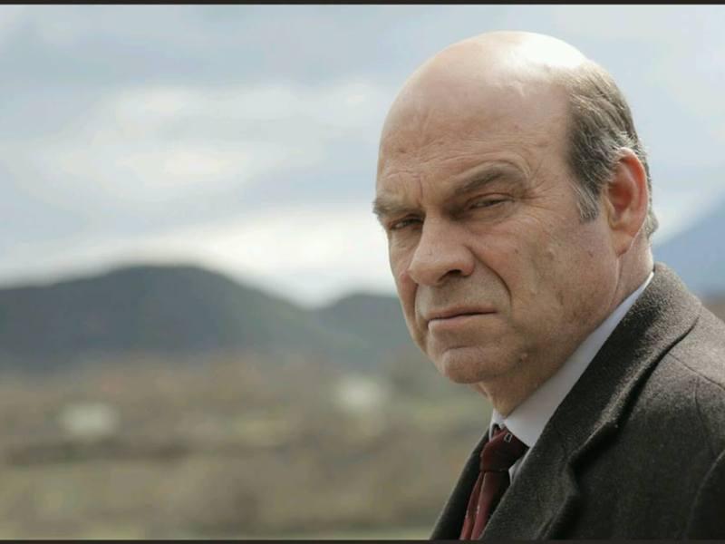 Rrëfimi i aktorit/ Ndriçim Xhepa: Frika më e madhe që lidhet me tim bir - Balkanweb.com - News24