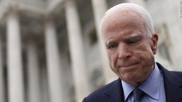 SHBA, ndërron jetë senatori republikan John McCain