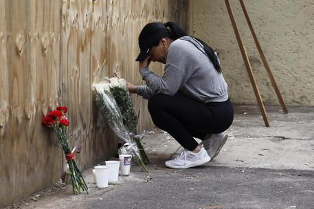 Mexico City Commemorates The 1st And 33rd Anniversary Of The Earthquakes That Destroyed The City