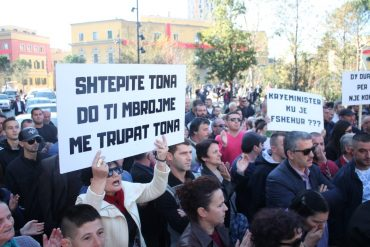 Protesta 13 Nentor (1)