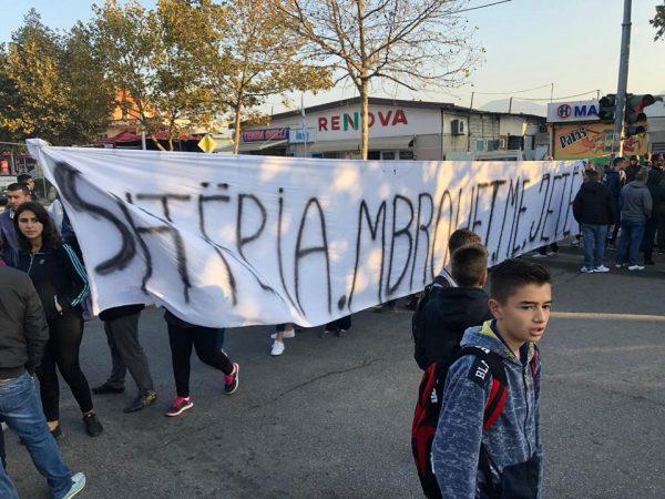 Protesta Tek Unaza (2)