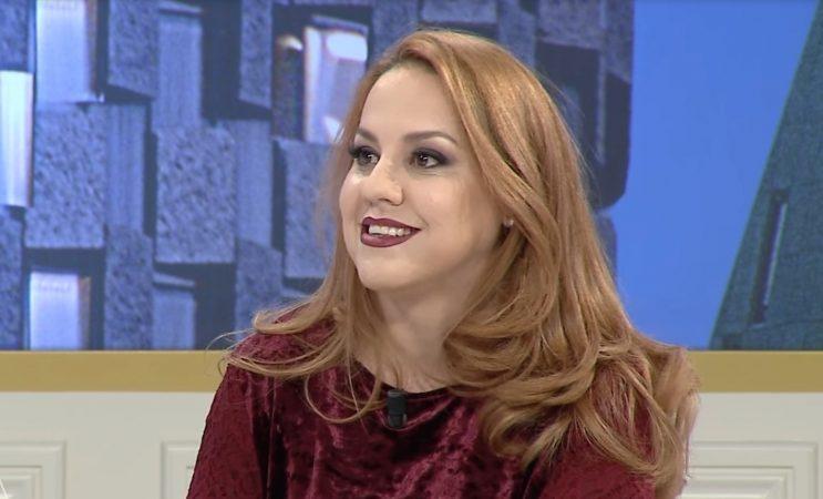 2017 01 12 17 04 07 Rudina Vikena Kamenica Mes Muzikes Dhe E Familjes 11 Janar 2017 Youtube 1