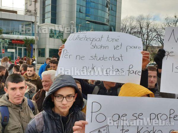 Shkoder Protesta 1