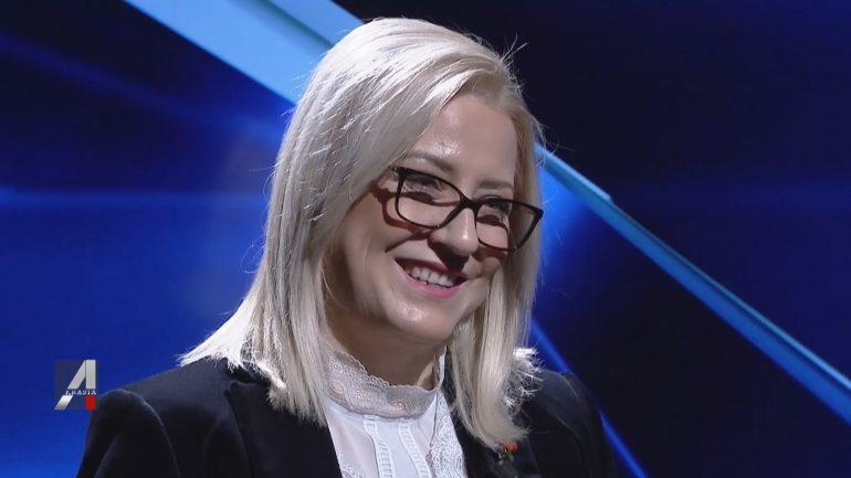 Lindita Nikolla Ne A Show