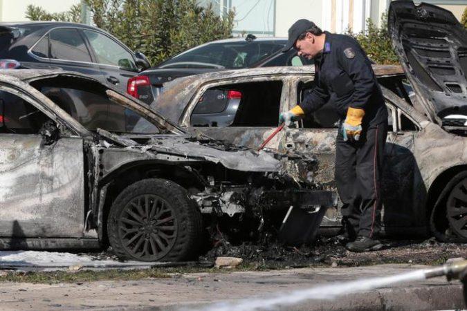 Man Injured In Powerful Explosion At Glyfada Parking Lot