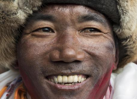 Nepalese Veteran Mountaineer Kami Rita Sherpa Climbs Everest For Record 22nd Time