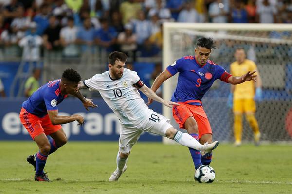 Lionel+messi+w+lmar+barrios+argentina+v+colombia+zvyxhlhdz42l