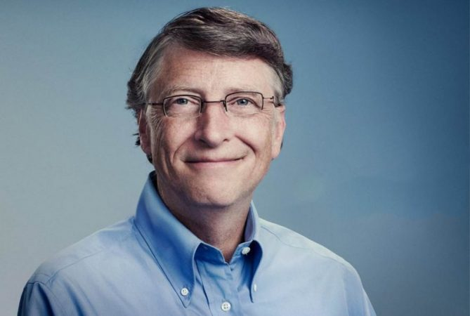 Bill Gates Vr Education 810x545