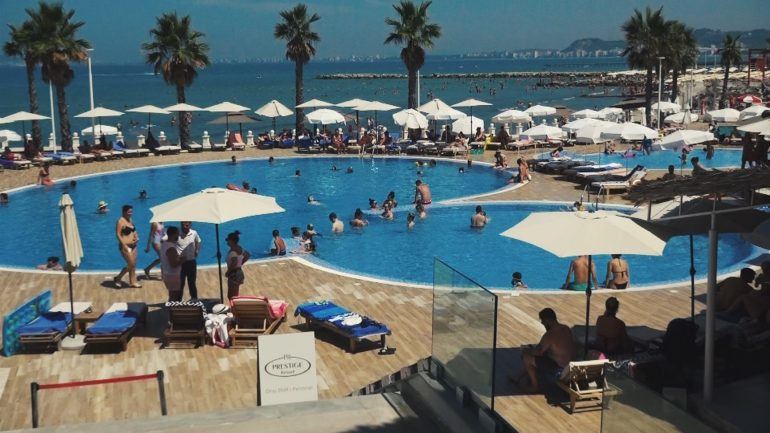 Prestige Resort 1