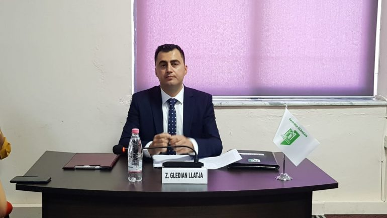 Llatja Elbasan Bashkia (1)