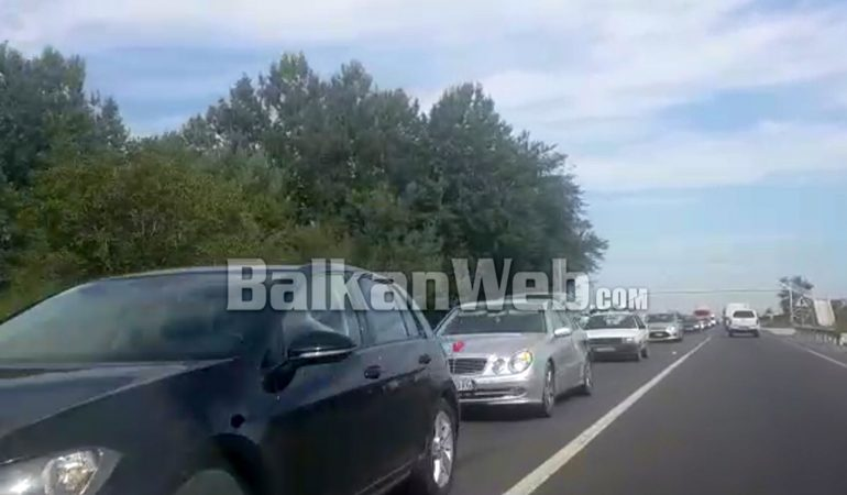 Trafik Ne Fushe Kruje