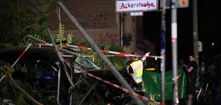 Schwerer Unfall Mit Vier Toten In Berlin (2)