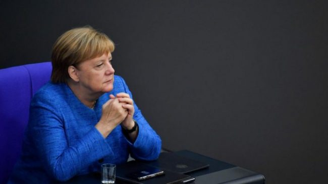Brexit Merkel 696x391