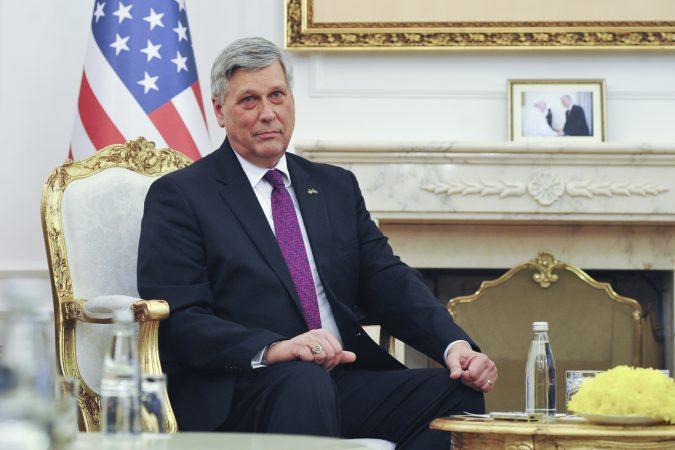 Ambasadori Amerikan Philip Kosnett Takim Hashim Thaqi 007
