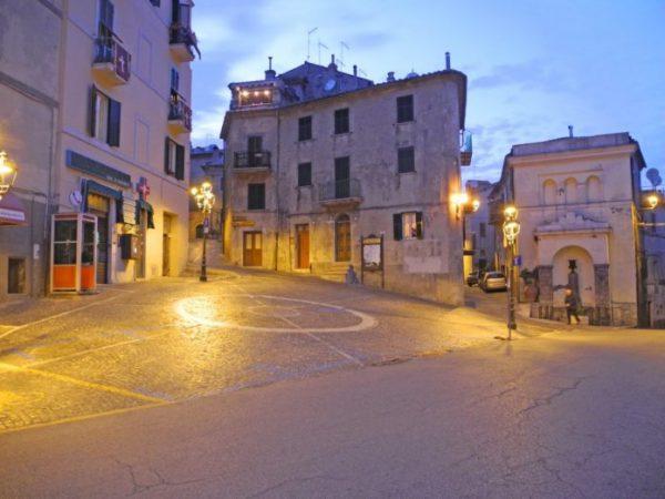Piazza Vecchia 1024x768 696x522