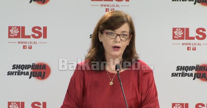 Nora Malaj32