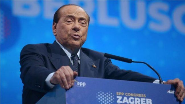 Berlusconi 696x392