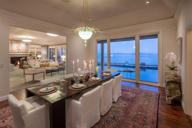 Robin Williams Home Dining 6f5255eabc87d81edd3a41a347181223.fit 860w