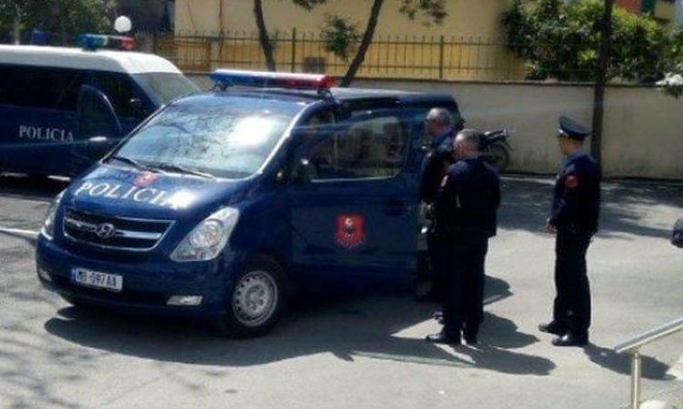 Policia Korca1