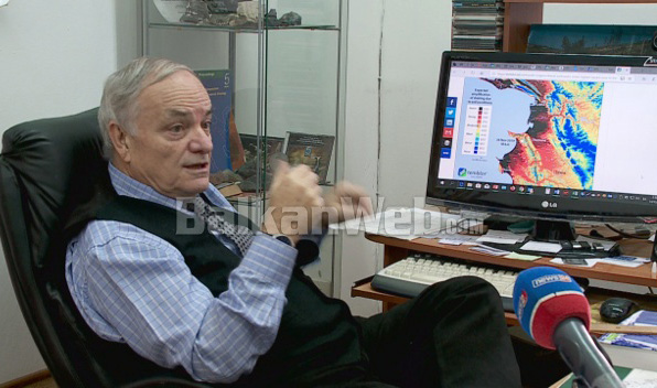 Profesori Grek Per Termetet